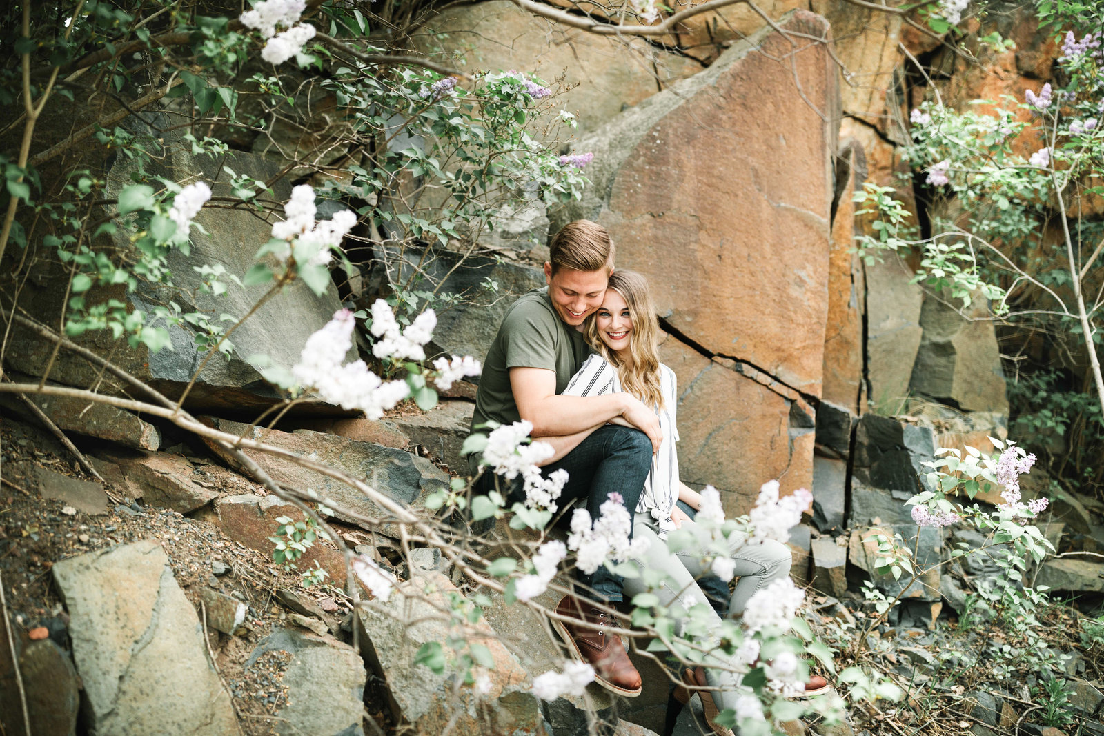 Taylors-Falls-Minnesota-Spring-Engagement-Session