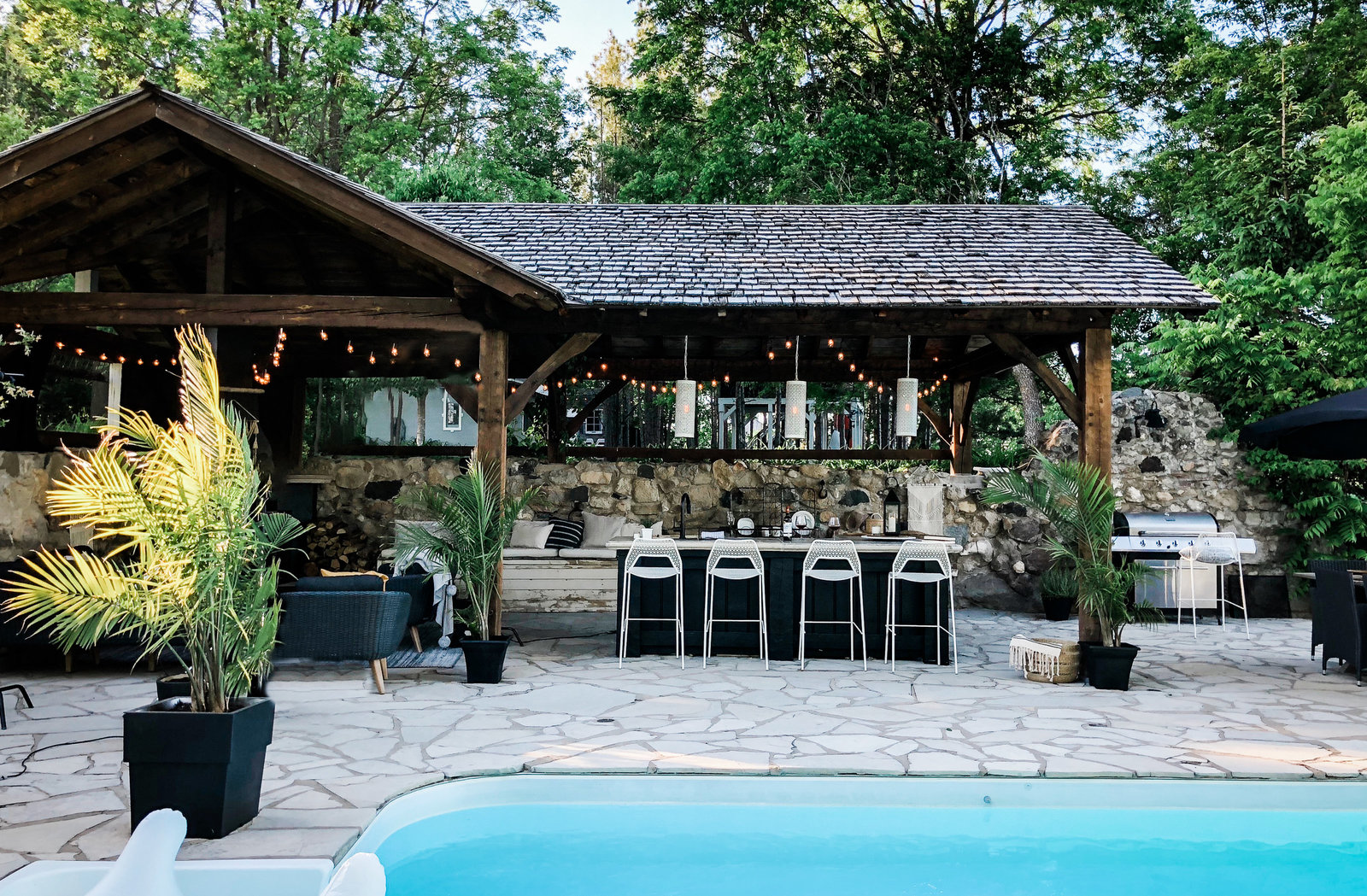 Poolside-Treehouse-Cabin-Retreat-Vacation-Rental-Lynne-Knowlton-tiny-house-1