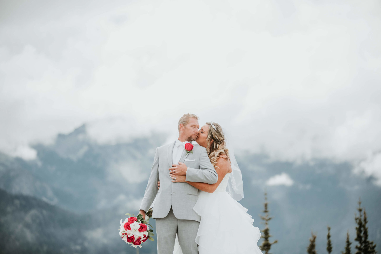 Crystal-Mountain-Resort-Wedding-Wedding-Seattle-Melissa+Russ-143