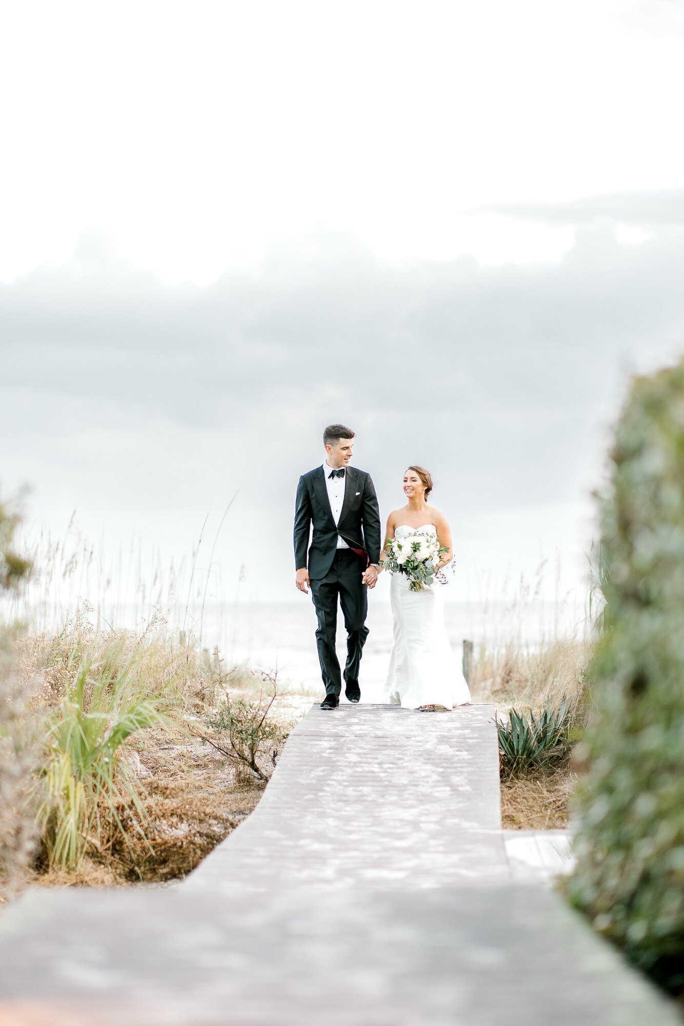 Light and Airy Hilton Head Wedding Photographer-1