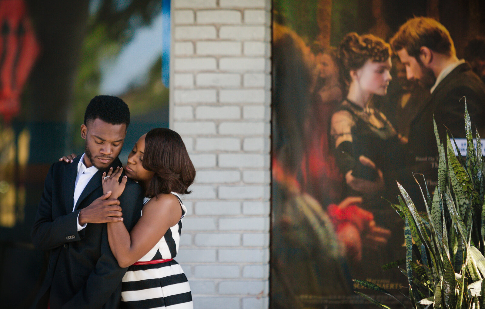 Fort-Lauderdale-Theater-engagement-session