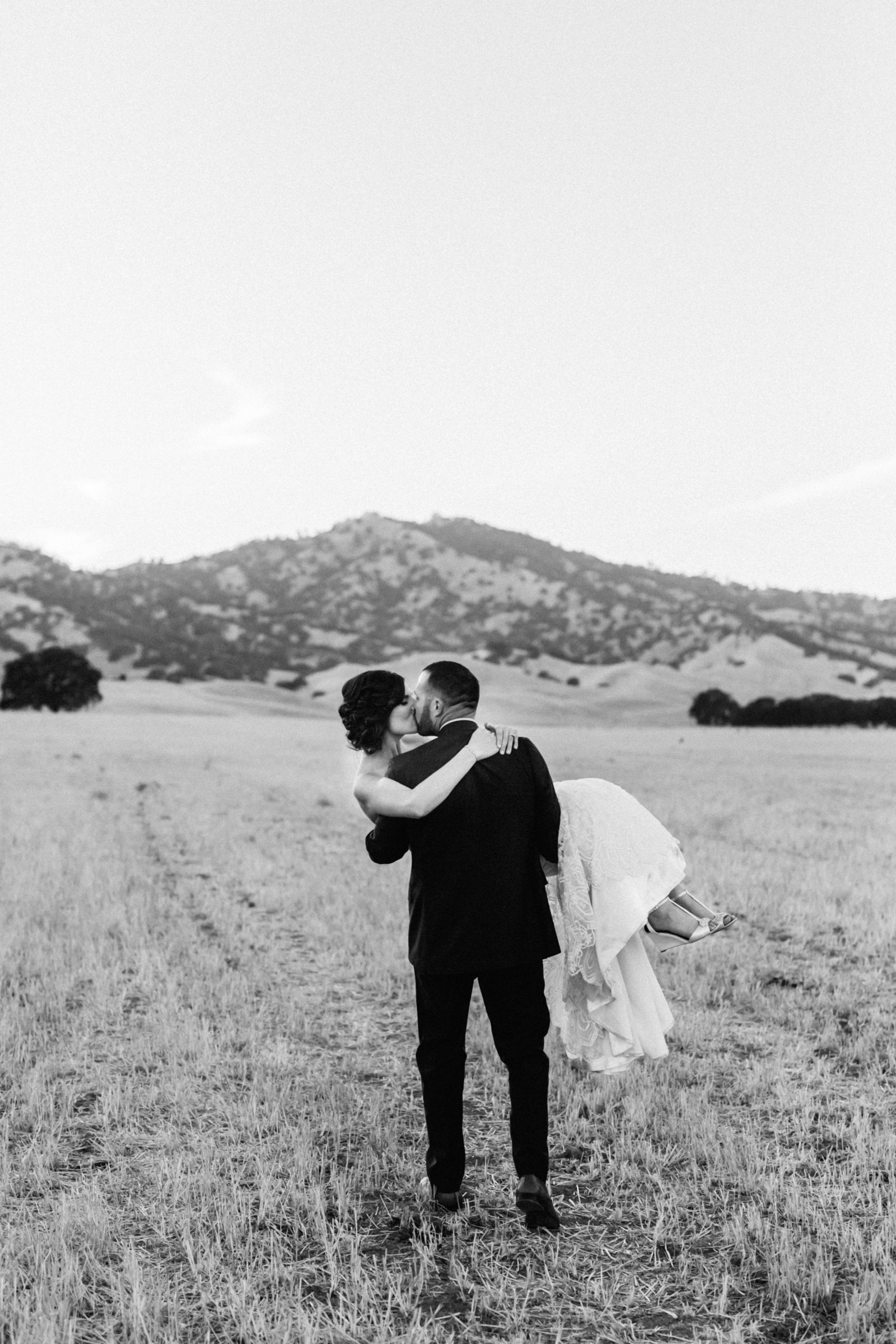 Ryan Greenleaf_Northern California Wedding Photographer_040Website_2017_Wedding13