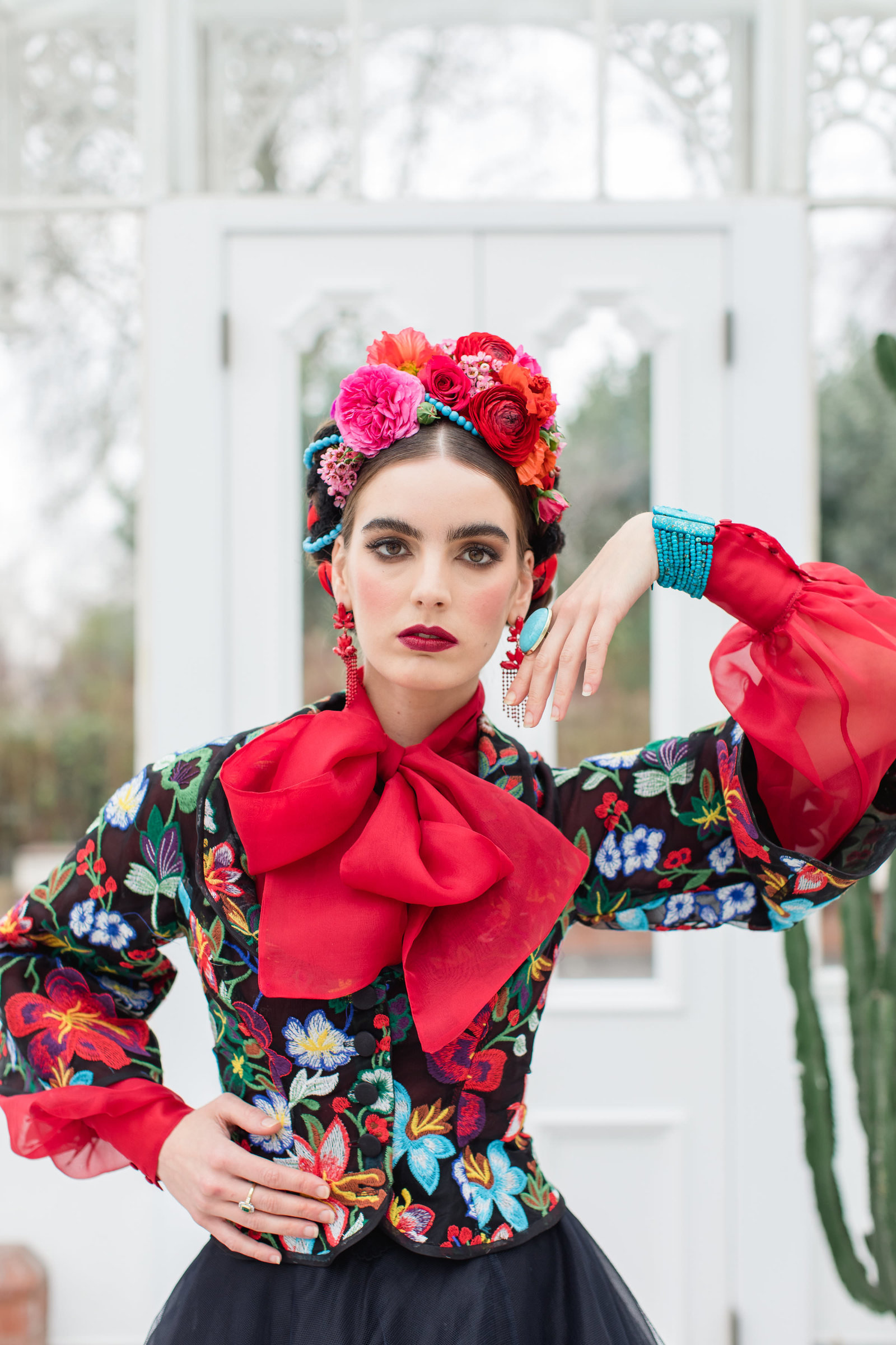 Frida-Kahlo-inspired-Mariachi-embroidered-flower-jacket-JoanneFlemingDesign-RobertaFacchiniPhoto (4)