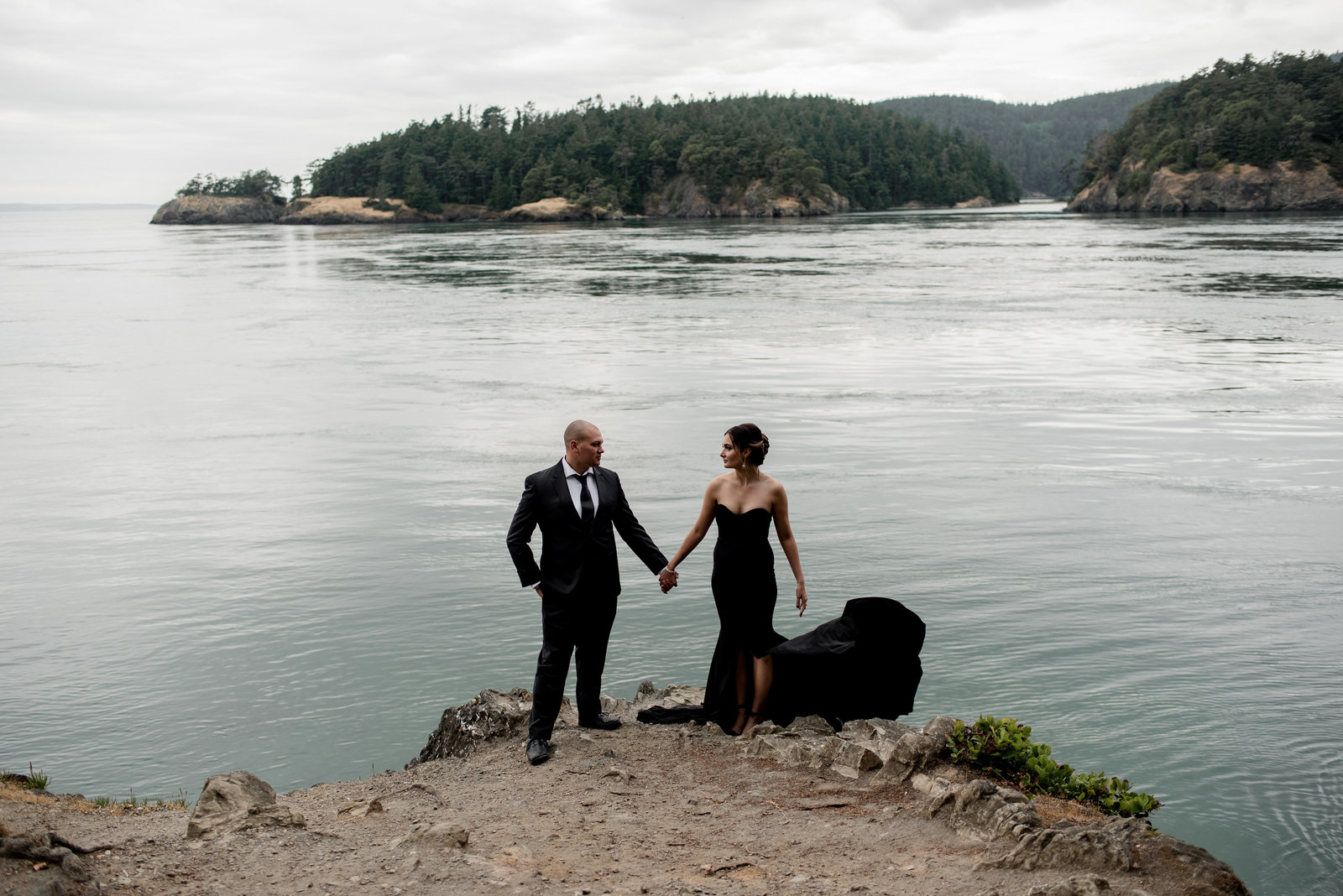 Ashley + Ryan -- Anniversary Session -- Deception Pass Photographer -- Jeff + Rebecca Photography (3 of 7)