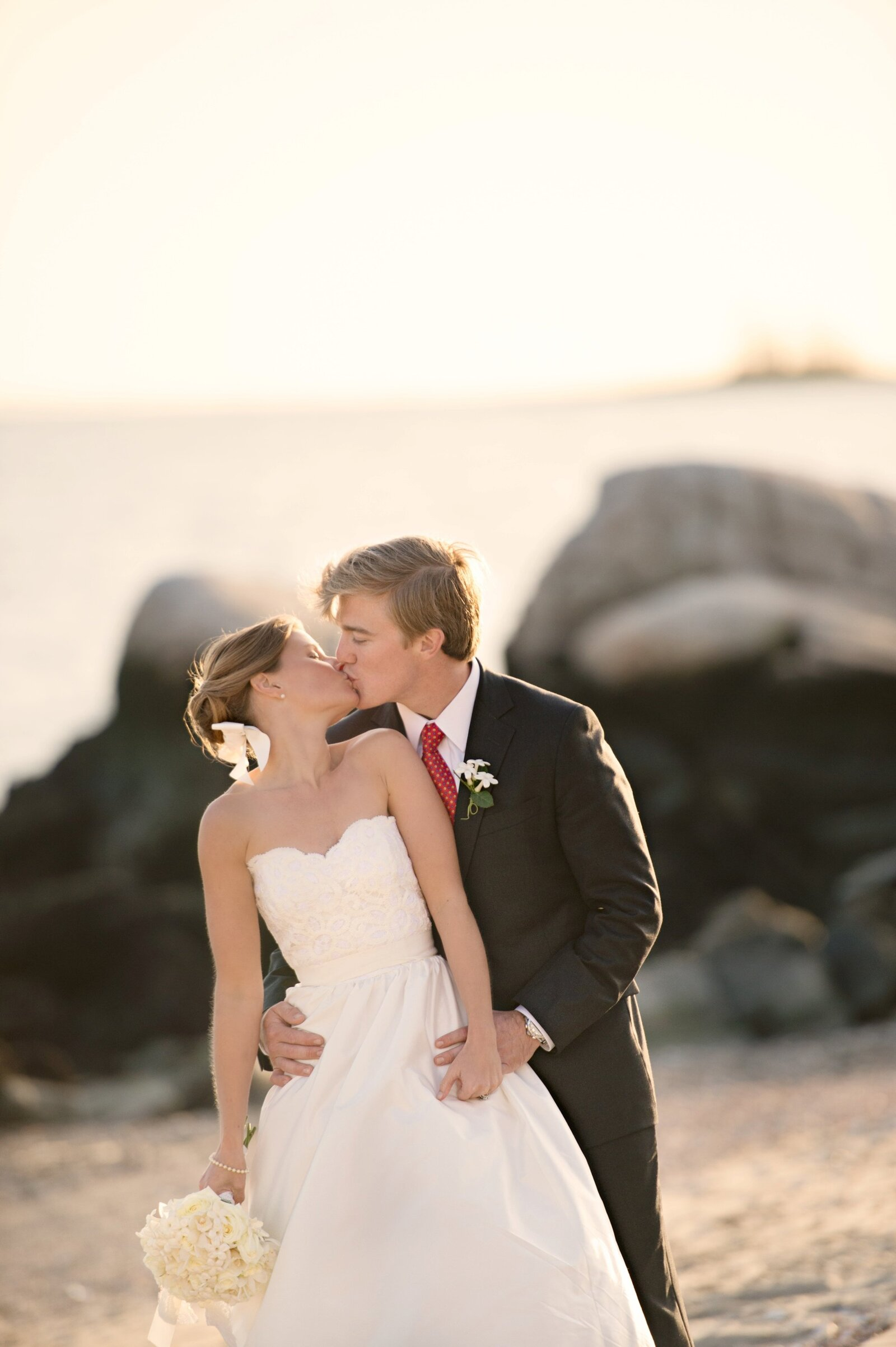 wee_burn_beach_club_wedding__0047