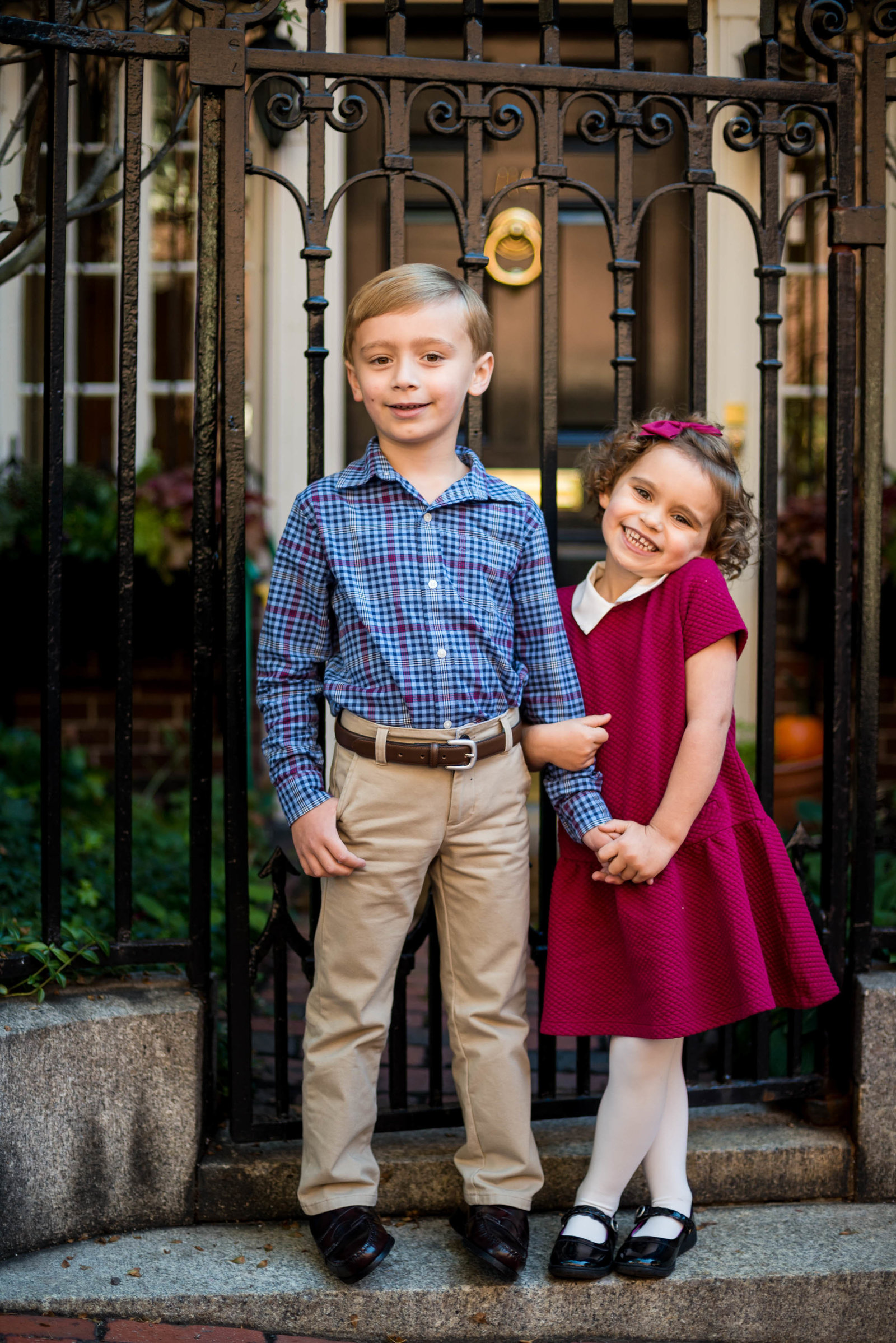 Boston-Family-Photographer-Beacon-Hill-Acorn-Street-4