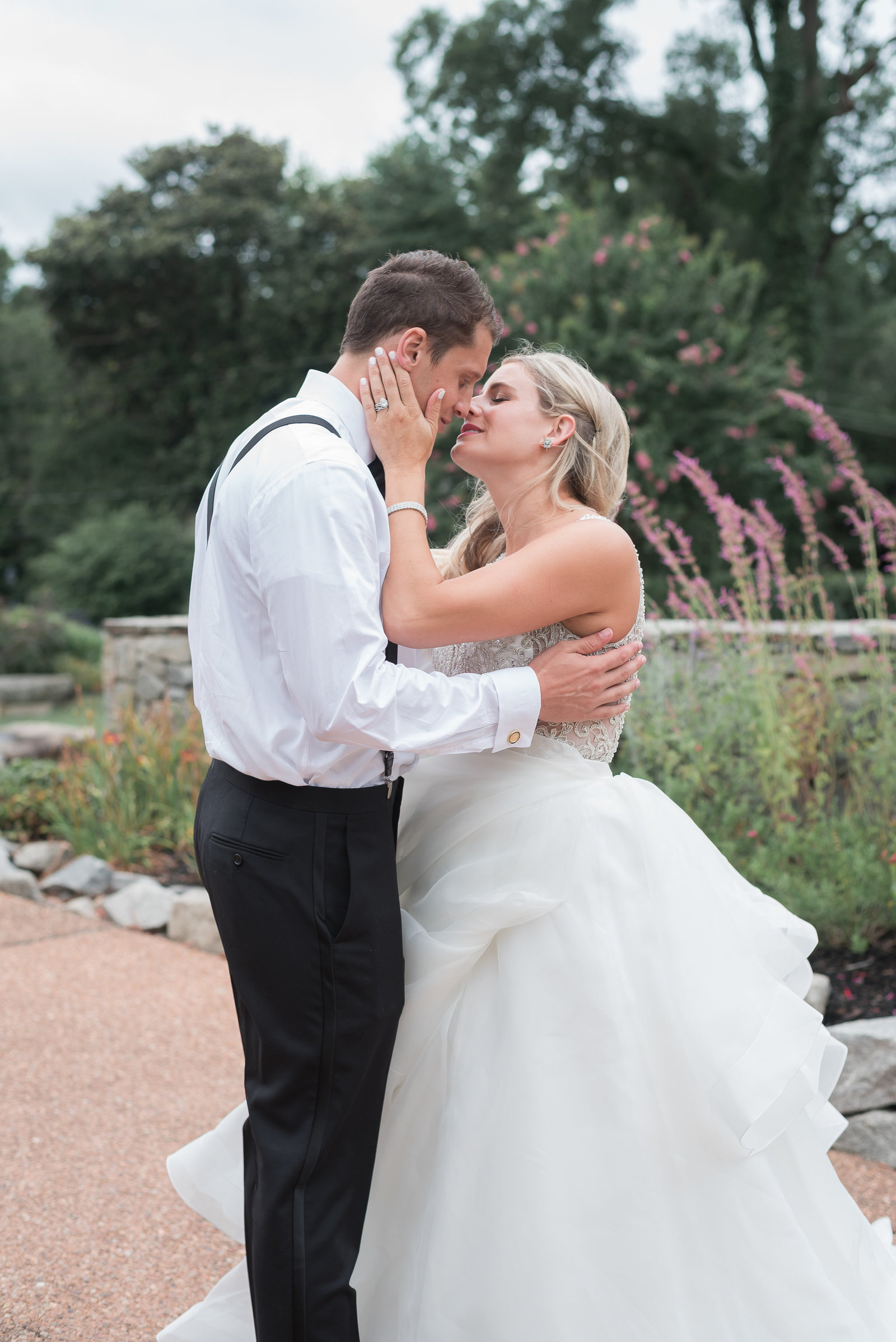 Byra-and-Nick-Willow-Oaks-Country-Club-Wedding-Melissa-Desjardins-Photography-9