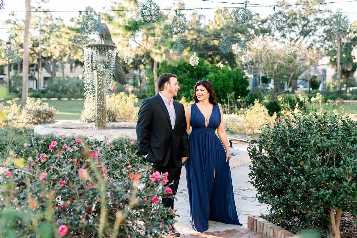 Winter Park Engagement Photographer | Winter Park Wedding Photographer | Engagement Photos in rose garden-4