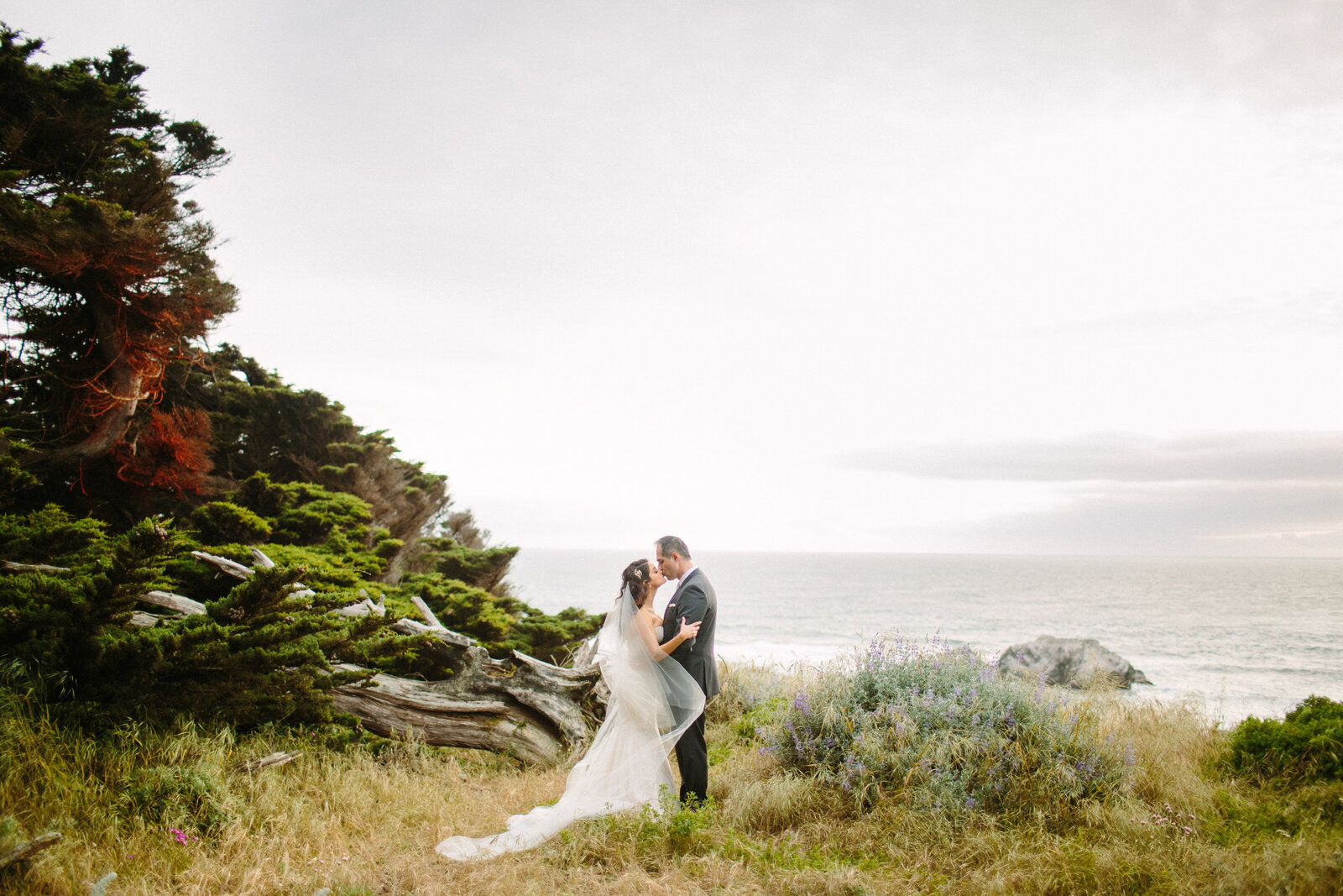larissa-cleveland-elope-eleopement-intimate-wedding-photographer-san-francisco-napa-carmel-062