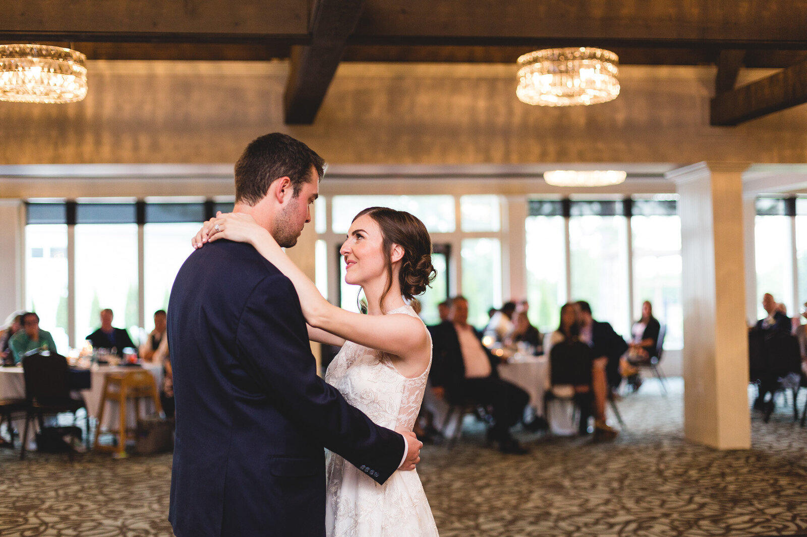 first dance bride and groom little turtle wedding ohio