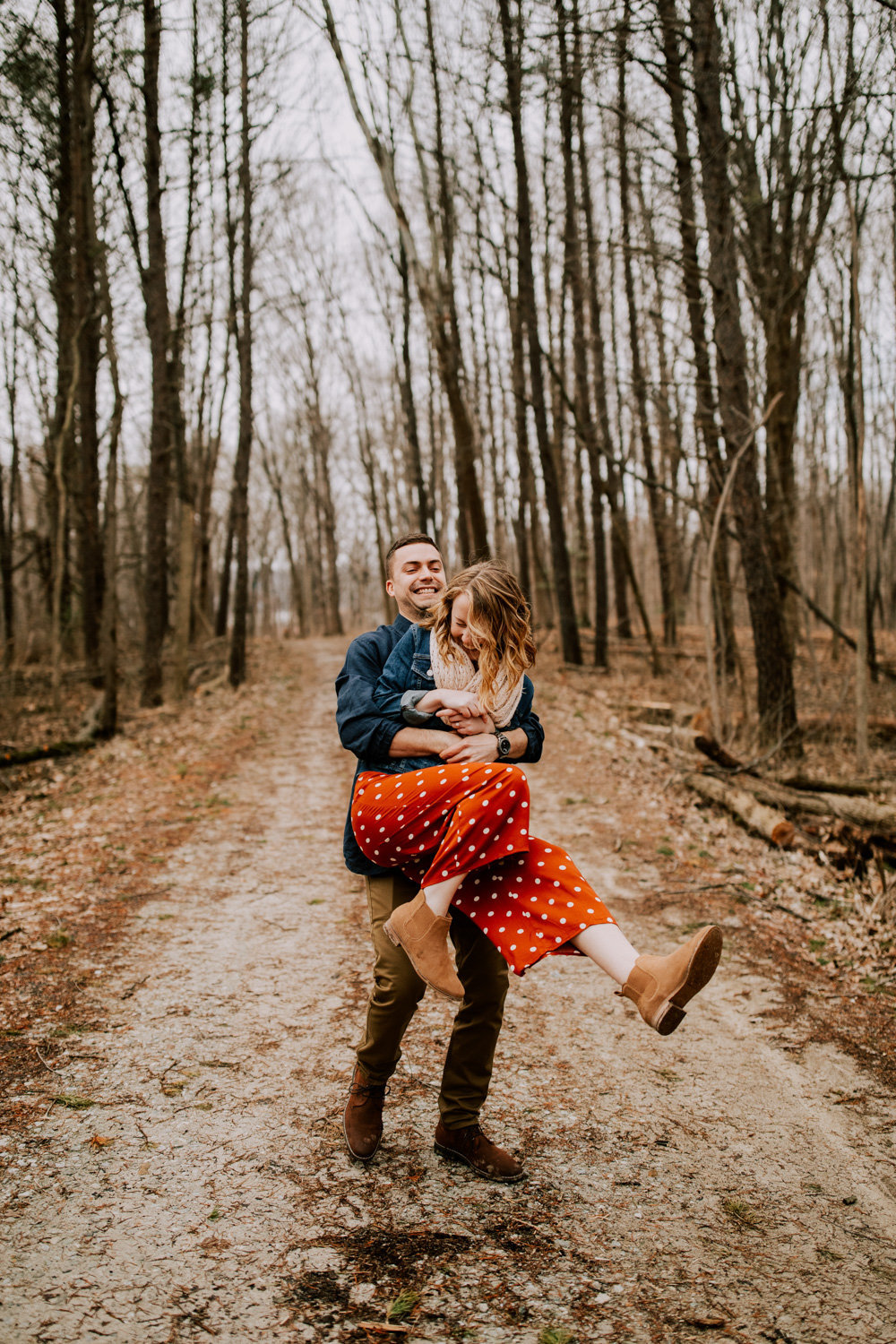 Windy-engagement-session-eagle-creek-state-park-22