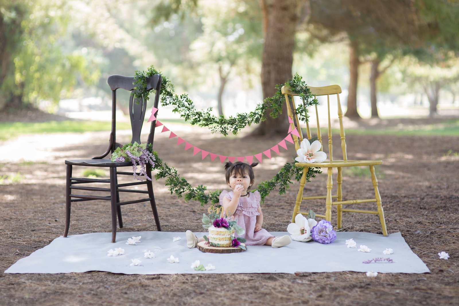 Long-Beach-regional-park-cake-smash-photos-by-kelly-h-photo