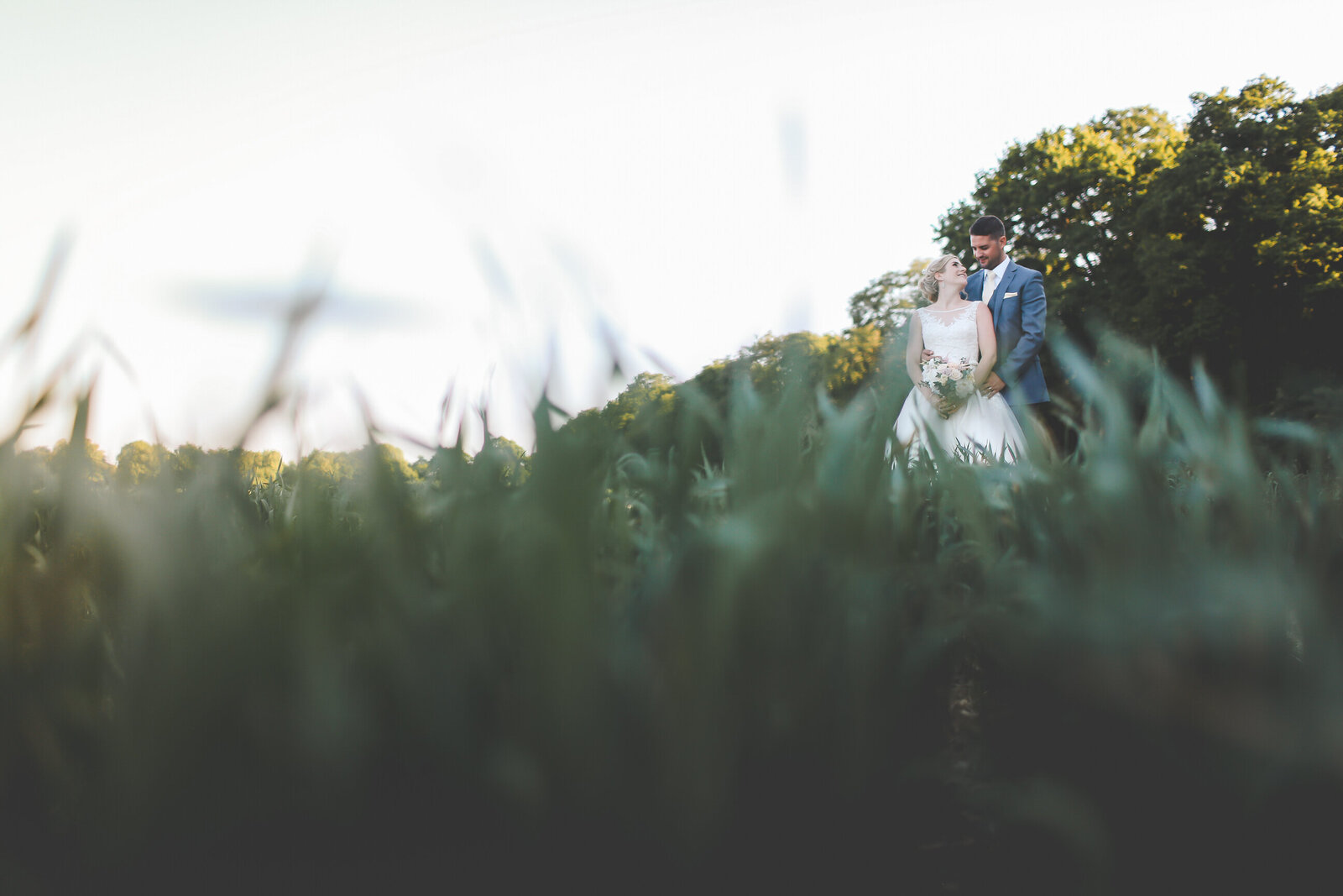 LAINS-BARN-WEDDING-PHOTOGRAPHER-FUN-REALXED-0058