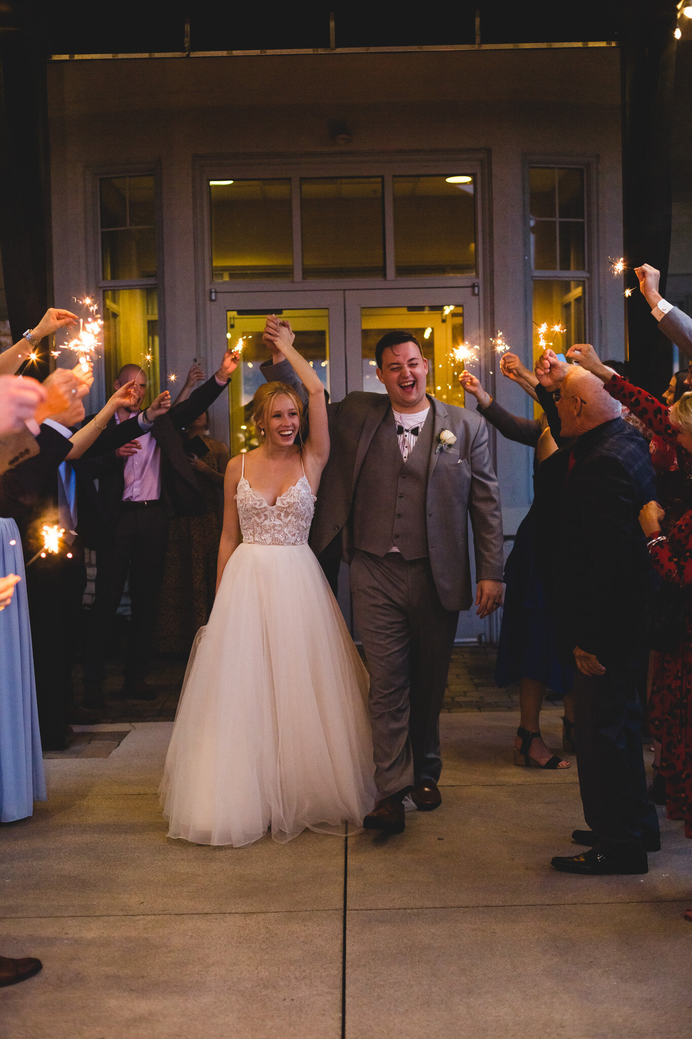 sparkler send off for bride and groom at ohio wedding