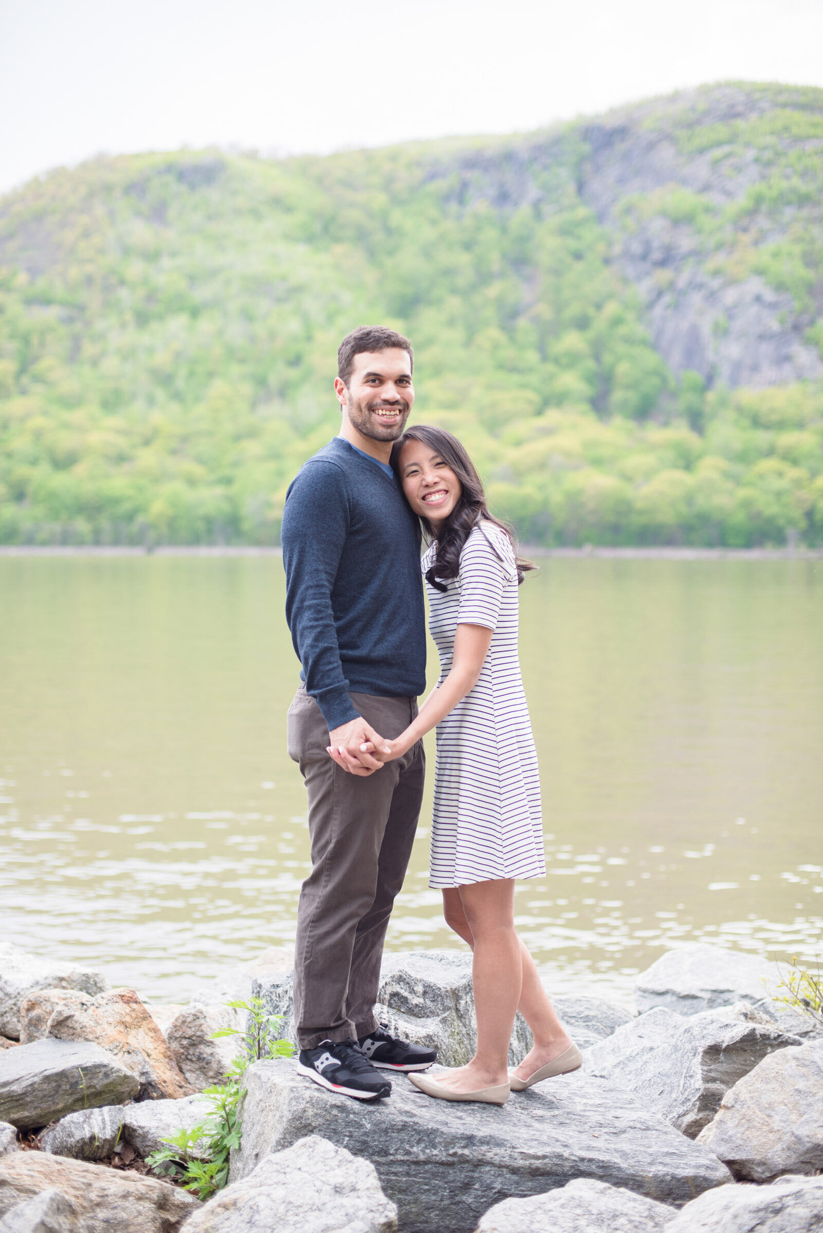 33-hudson-valley-ny-engagement-photographer
