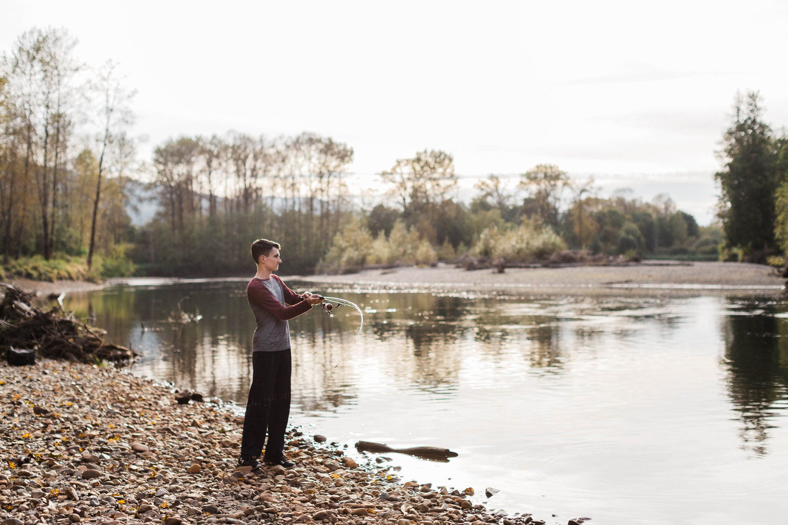 030-north-bend-senior-photos-derek-fishing-amy-galbraith
