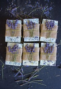 lavender-lemon-honey-soap-DIY