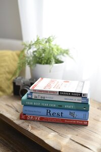 shawon-davis-photography-favorite-books
