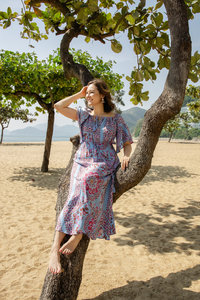 Siobhan Barnes - Hong Kong Life Coach Career Coach - Beach Image3