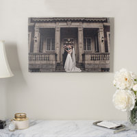Fine_art_canvas_in_newly_married_home