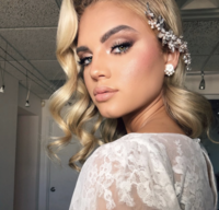 Makiaj Beauty Rethinks natural beauty by innovating  the way they do artistry. They do  natural, bronze, corrective and beauty makeup for bridal and special events they are serving you  worldwide,  Arizona, Phoenix and Scottsdale makeup artists