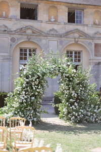 Chateau de Vallery wedding Floraison Paris-7