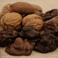 Dark and Milk Nut Collections_02