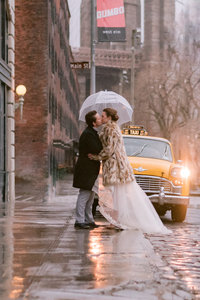 BROOKLYN NEW YORK ELOPEMENT WITH LESBIANS ON RAINY DAY