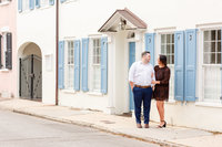 engagement photos in downtown charleston