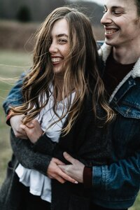 Romantic-Windy-Engagement-Session-Highbanks-Metro-Park-Columbus-Ohio-Photographer_0025-scaled