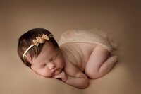 saskatoon newborn baby photographer_0005