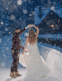 winter emerald lake lodge intimate wedding photographer