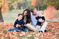 Family-Outdoor-Park-Fall-Leaves-Rye-Westchester-New-York-Photographer-001