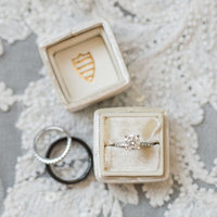 the-knot-best-of-weddings-2019-atlanta-georgia-birmingham-alabama-wedding-photographer-laura-barnes-photo