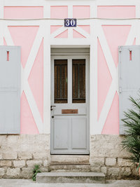 Pink Door Paris-1