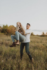 liv hettinga photography adventure couples gallery