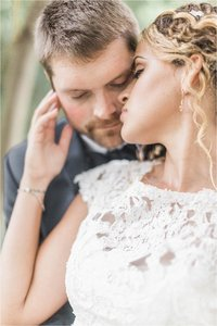 Anniversary Session at Driftwood Beach in Jekyll Island by Lindsey LaRue Photography