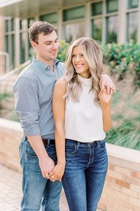 Engagement Session at Texas A&M by Houston Wedding Photographer Alicia Yarrish Photography_0023