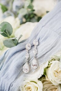 Bridal earrings by Knoxville Wedding Photographer Amanda May Photos
