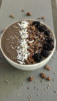 Blueberry Lavender Smoothie Bowl
