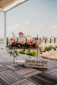 tampa bay florida elopement weddingstampa bay florida elopement wedding cake and decor