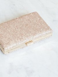 clutch-lace-bridal-wedding-ivory-floral-8_574de422-6c31-41ca-9209-67f43bc07c7c_600x