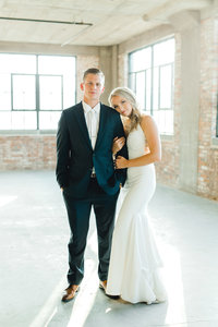 Dubuque-Wedding-Millwork-District-Emily-&-Jake-5011