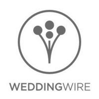 The wedding wire logo grey signifying that Leidy & Josh have had their wedding photography published there.
