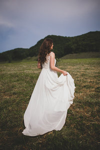bride-dancing-appalachian-mountains