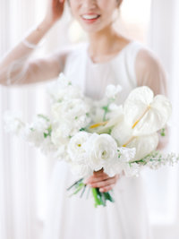 A Greensboro wedding photographer captures a bridal portrait during a wedding day at McAlister Leftwich.
