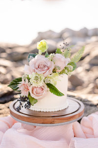 White cake for a coastal elopement taken by a Scotland Elopement Photographer