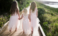 girls.walking