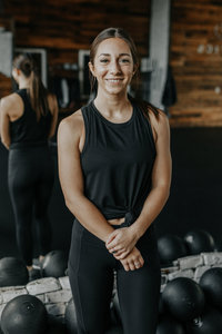 Coach Annie Tacoma Vie Athletics Strength and Sisterhood Gym in Puyallup, South Hill, Bonney Lake, Washington