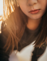little-girl- profile-lips-golden-light